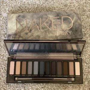 Urban decay naked palette smoky eye